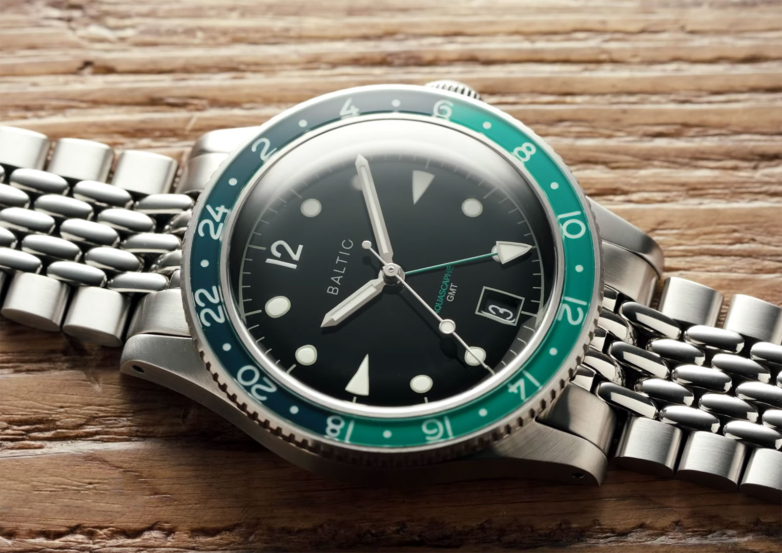 The Baltic Aquascaphe GMT is powered by the Soprod calibre C125