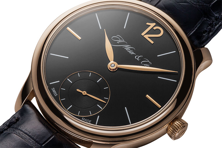 The simple, well-balanced dial is elegant and sophisticated