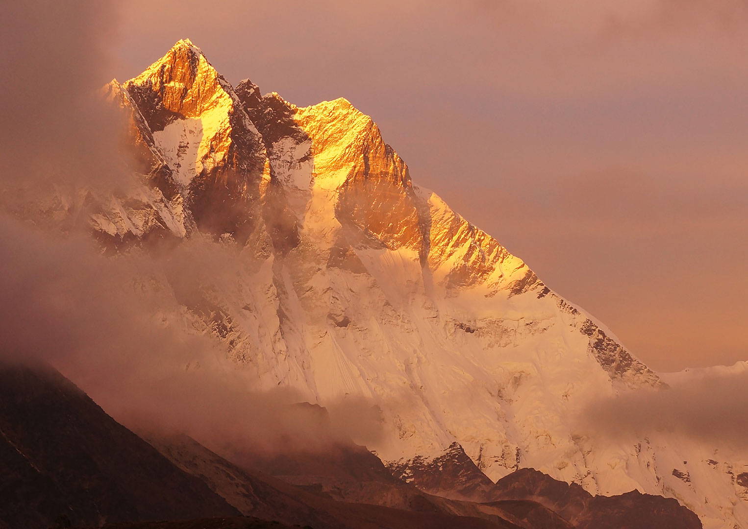 The majestic Mount Everest, but which watch brand got to its summit first?